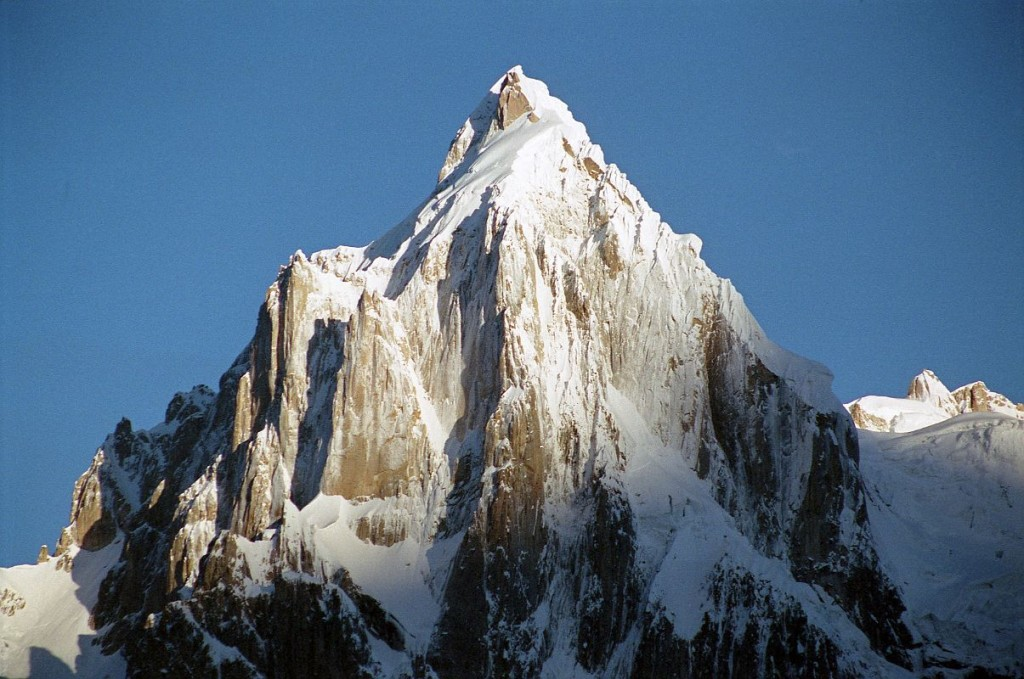 Paiju Peak From Khoburtse At Sunrise