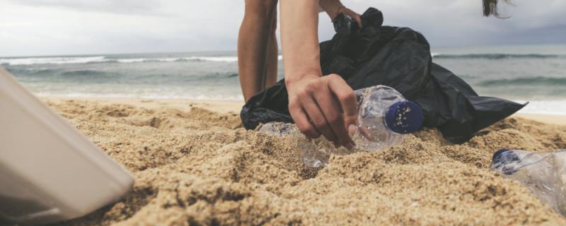 Campaña para reducir el plástico desechable en la semana del Medio Ambiente