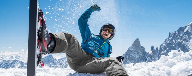 ¿Qué material necesitas para ir a esquiar por primera vez?