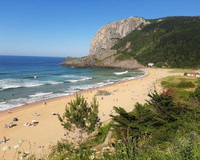 Cinco planes de playa para que disfrutes de un verano atípico con seguridad
