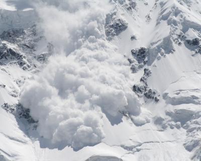 Conmoción por la muerte de tres de los mejores alpinistas por un alud